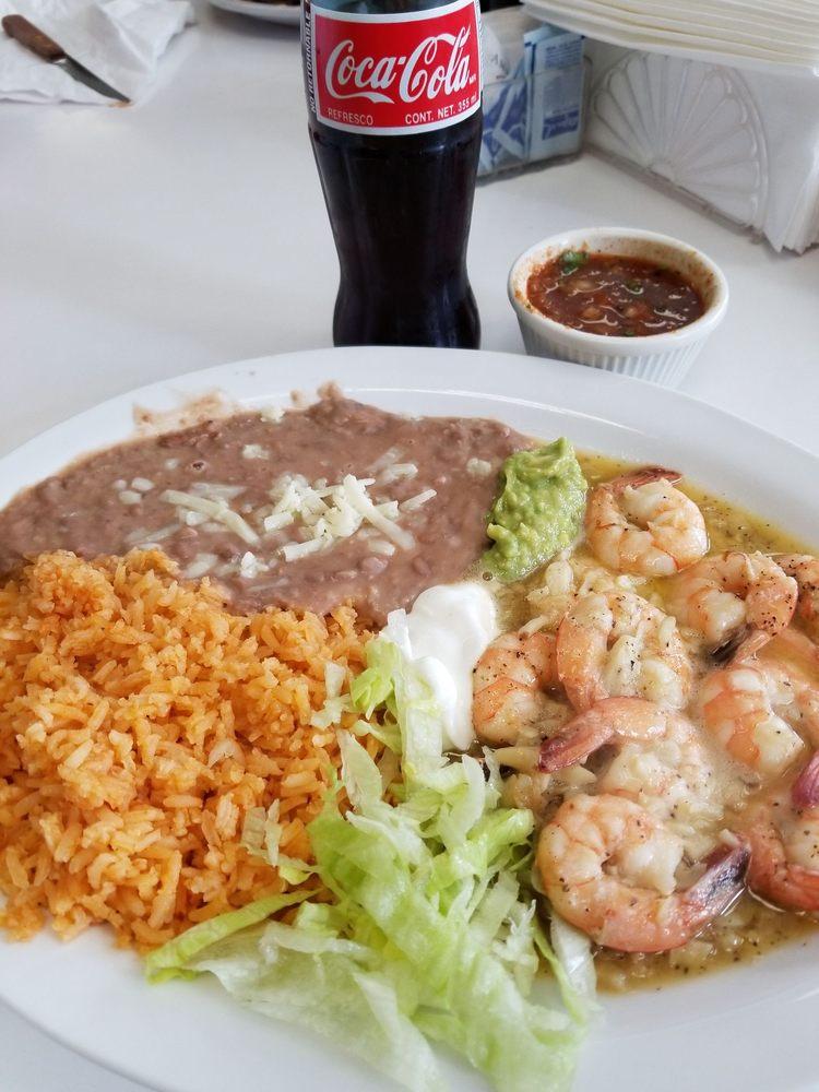 El Taco Bravo Restaurant: 550 Canal St, King City, CA