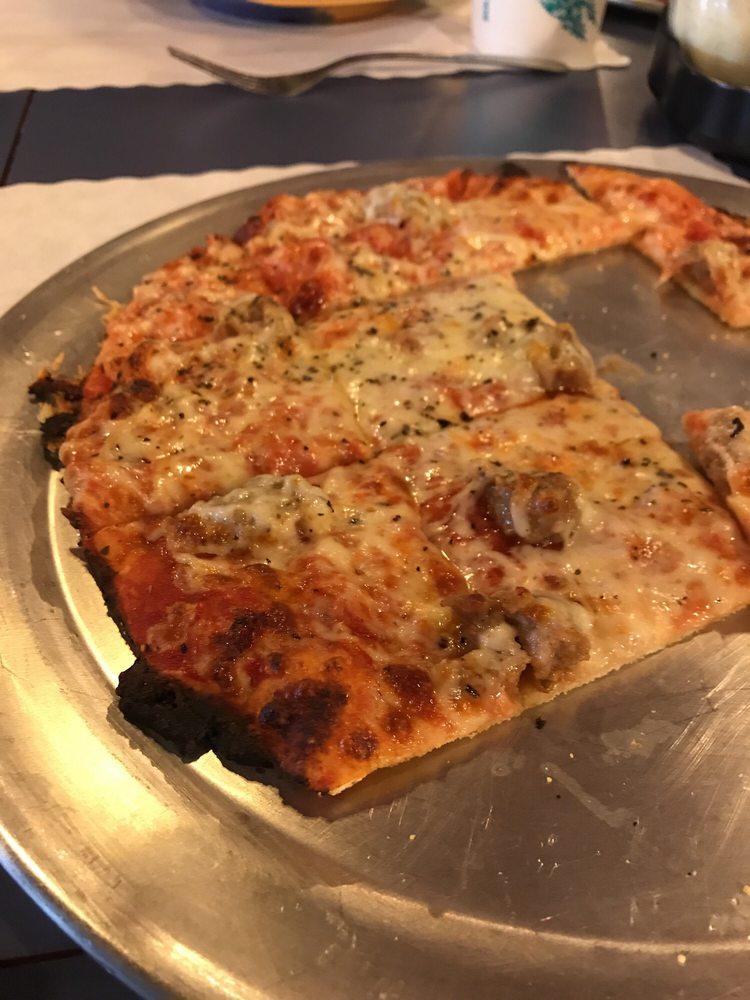 Pizzeria Roma: 200 E Cedar St, Le Roy, IL