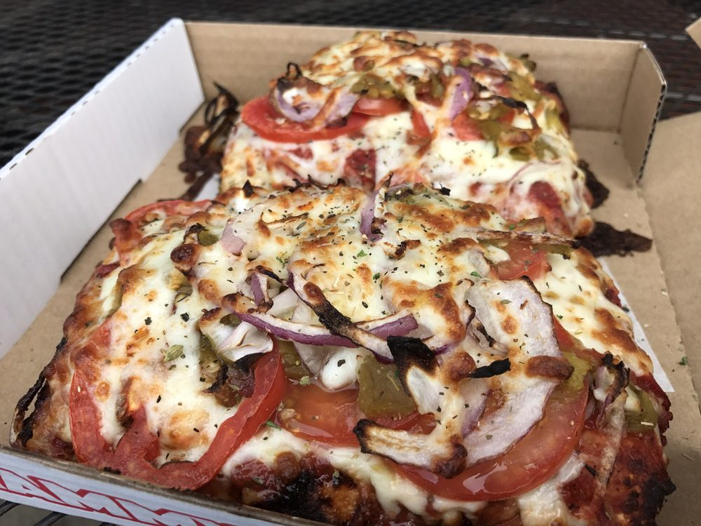 Hammy's Pizza: 2114 SE Clinton St, Portland, OR