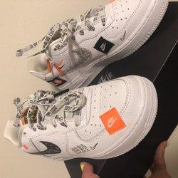 huge discount 7dcb2 c06be Foot Locker - 12 Photos & 37 Reviews - Shoe Stores - 6600 ...