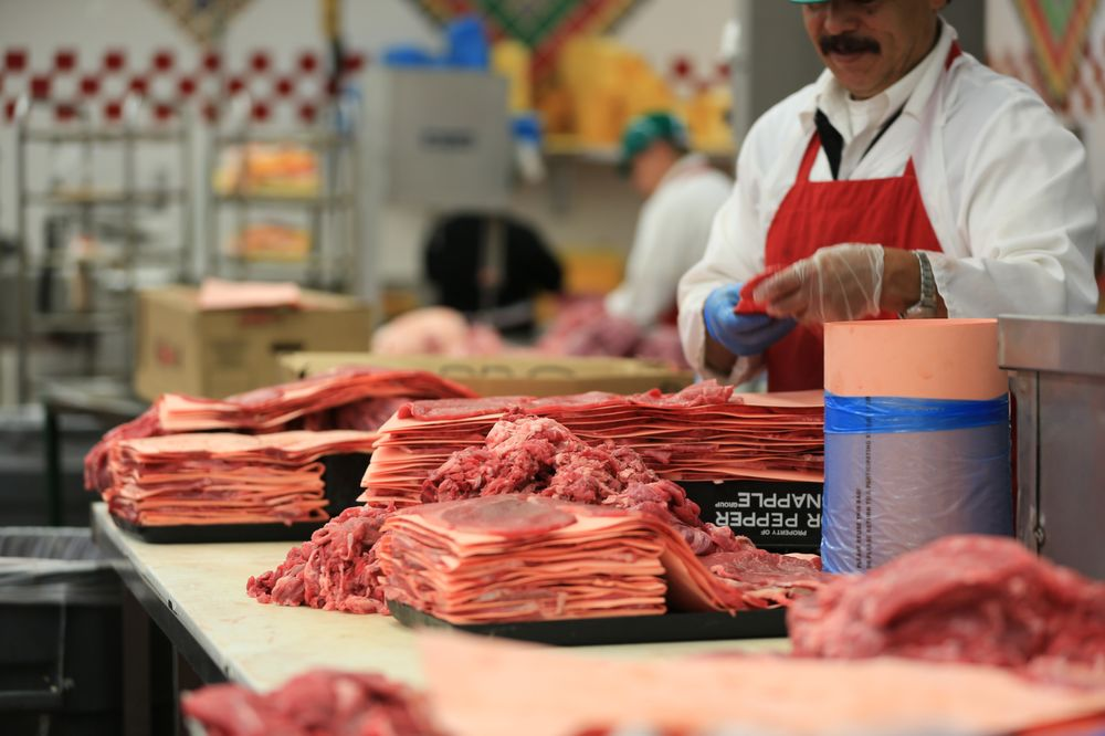 Vallarta Supermarkets: 600 Bear Mountain Blvd, Arvin, CA