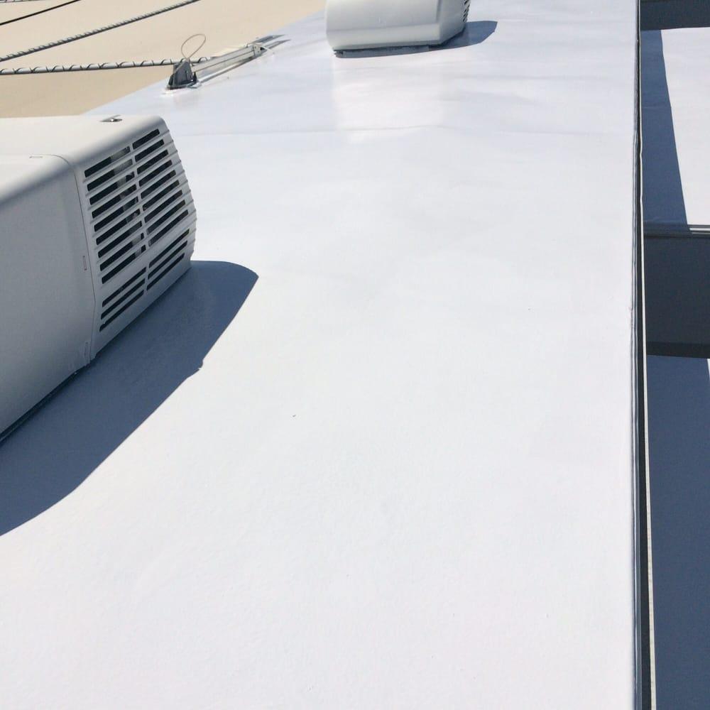Vic's Rv Repair And Roof Coat: Yuma, AZ