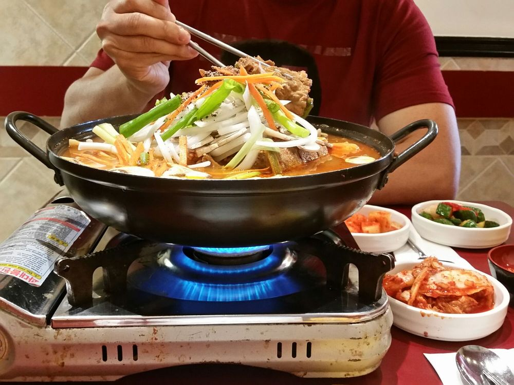 Served On A Hot Pot Gas Stove So You Need To Lower The Fire Simmer When Everything Starts Boil Yelp