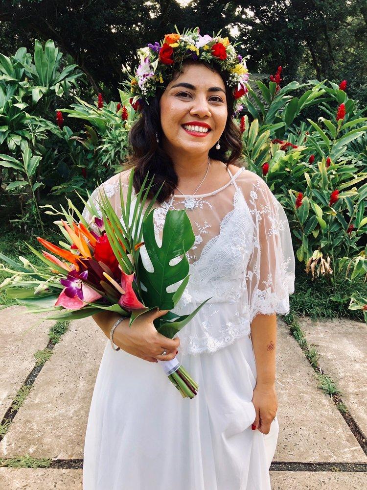Pali Florist & Gift Shop: 312 Kuulei Rd, Kailua, HI