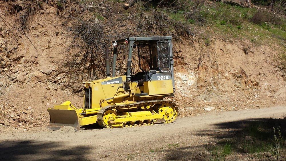 Iron Paws Bulldozing: Cle Elum, WA