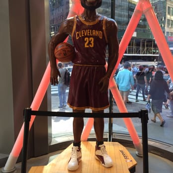 5eda6eea9737 NBA Store - 174 Photos   53 Reviews - Sports Wear - 545 5th Ave ...
