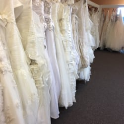 ec412e0a6094 Photo of The Bridal Depot - Bellaire, TX, United States. Justin Alexander;