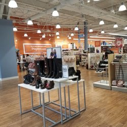 36c3d01ca42db Payless ShoeSource - 17 Photos - Shoe Stores - 2036 Westminster Mall ...
