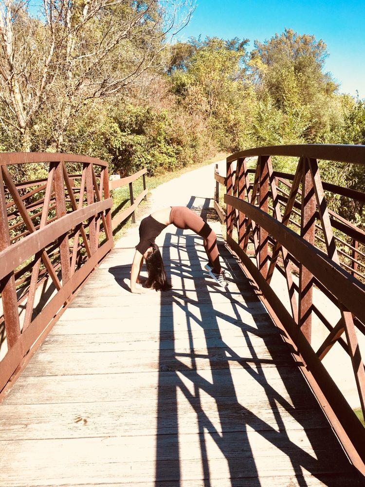 Cricket Creek - Dupage County Forest Preserve: Salt Creek Greenway Trl, Oakbrook Terrace, IL