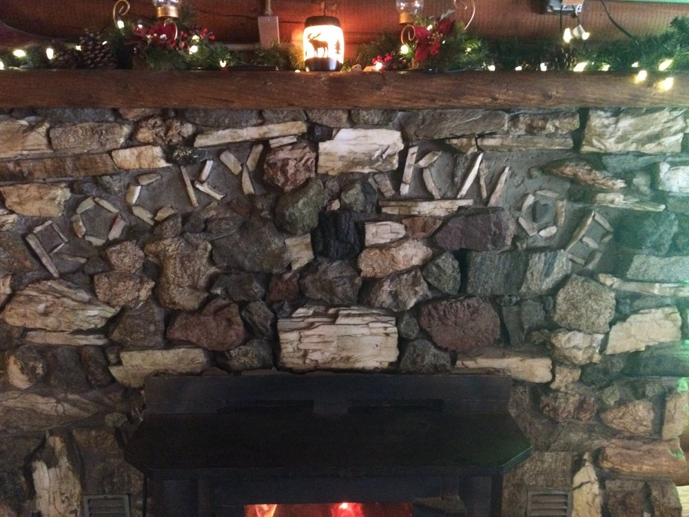 Rocky Knob Lodge: 6065 US Hwy 93 S, Conner, MT