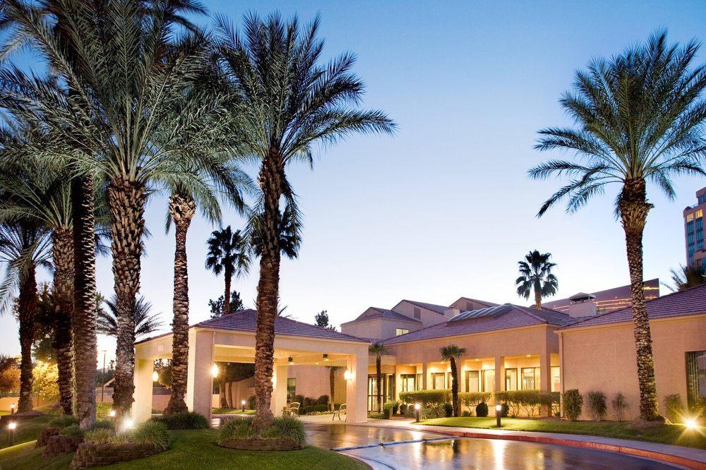 Courtyard by Marriott Las Vegas Convention Center
