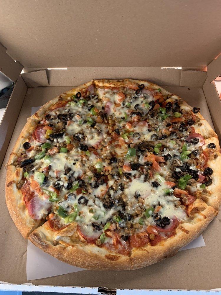 Joe's Italian: 13281 State Hwy 150, Coldspring, TX