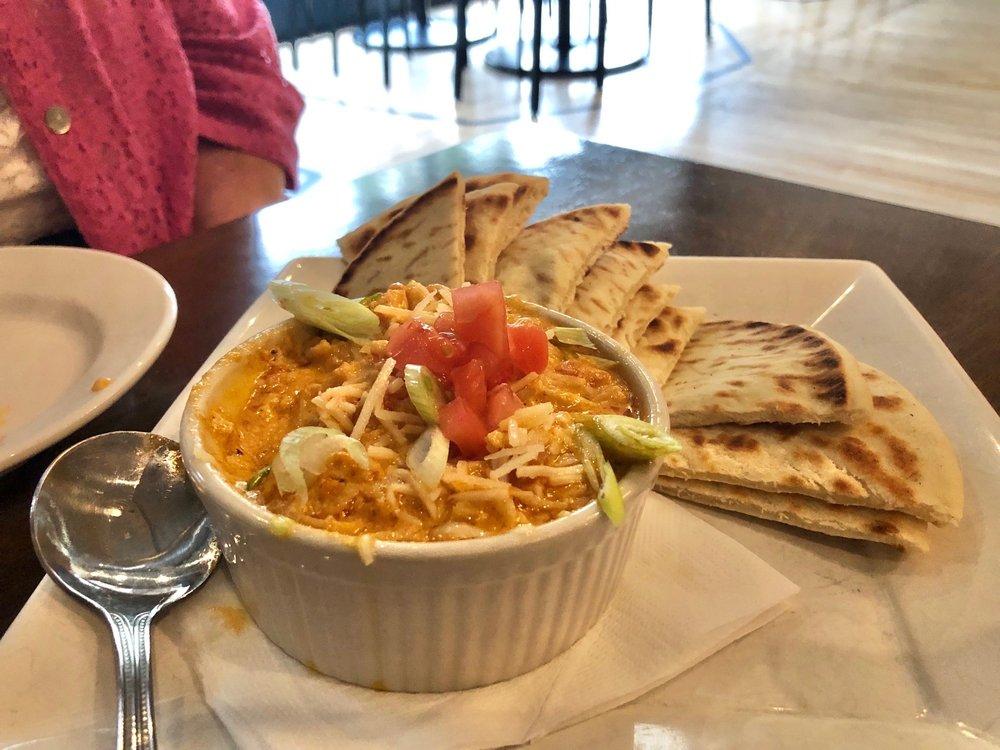 Gardina's Kitchen & Bar: 448 N Main St, Oshkosh, WI