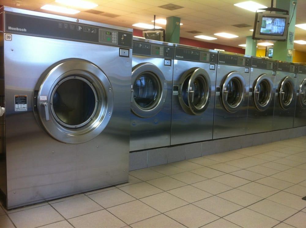 Washland Coin Laundry: 18445 S Halsted St, Glenwood, IL