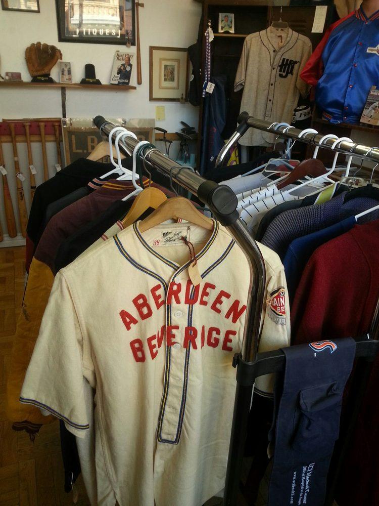 Pastime Pleasures Antiques: 103 E Gurley, Prescott, AZ