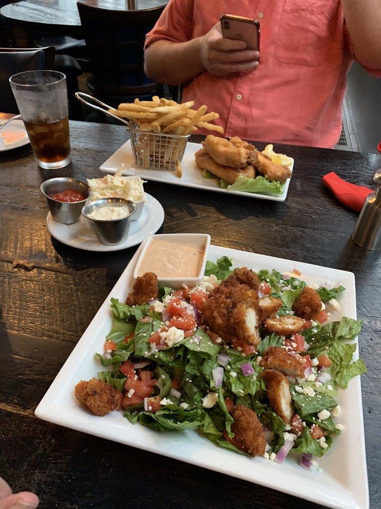 Heen Kahidi Restaurant: 800 Venetia Ave, Ketchikan, AK