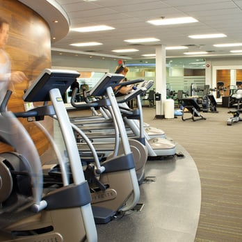 one health clubs 10 reviews gyms 2021 cliff road. Black Bedroom Furniture Sets. Home Design Ideas