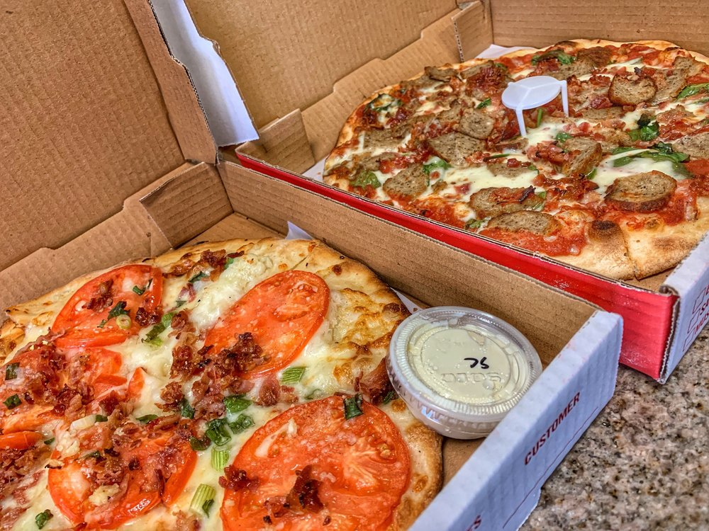 Food from Bert's Pizzaria