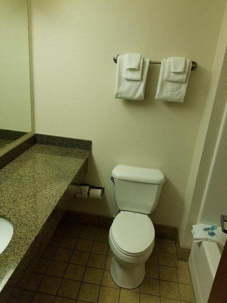 Home Towne Suites - Hotels - 148 Regency Park, O\'Fallon, IL - Phone ...