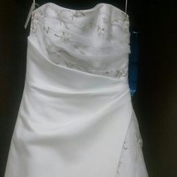 Photo Of Ladyslipper Bridal Outlet Leominster Ma United States Consignment Wedding Gown