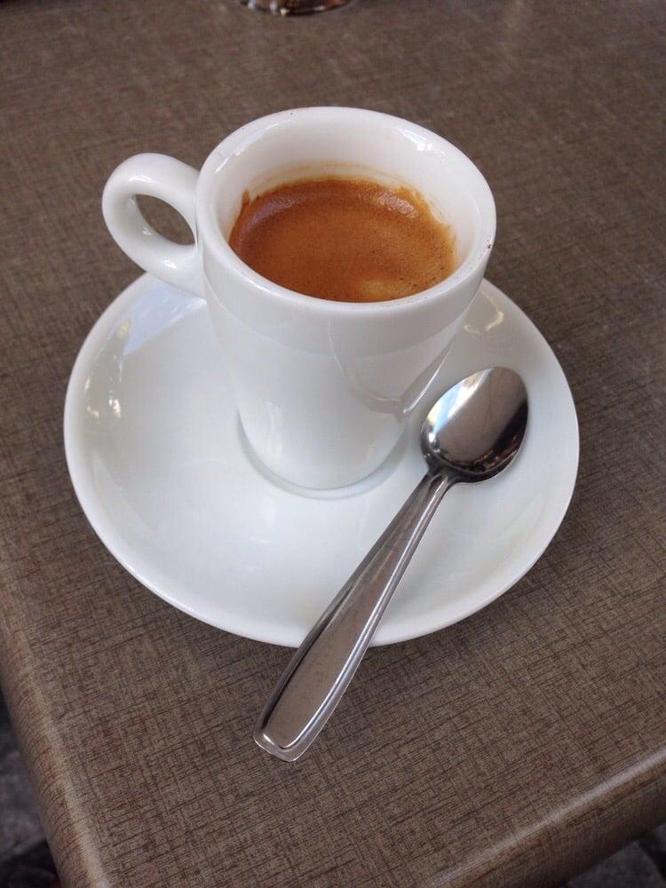 Caf Numero Pau