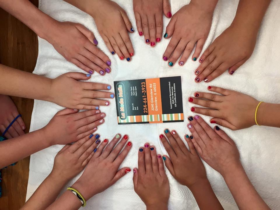 Des Plaines Nail Salon Gift Cards - Illinois   Giftly