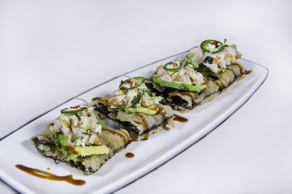 Sushi Blue: 777 Casino Way, Blue Lake, CA