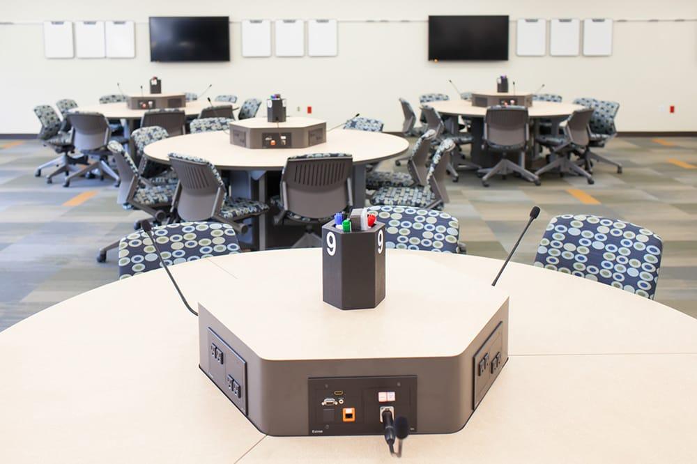 CompView Audio Visual: 1400 Energy Park Dr, Saint Paul, MN