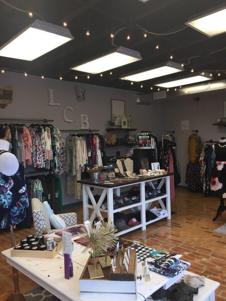 La Crique Boutique: 3880 Dayton Xenia Rd, Beavercreek, OH