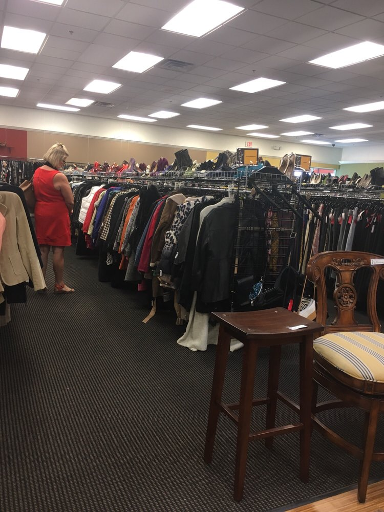 vintage chic consignment