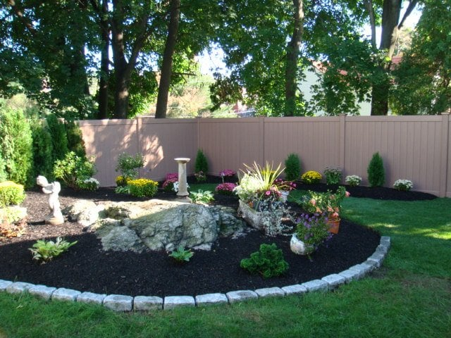 Landscape Design Amp Plantings Along With A New Custom Vinyl