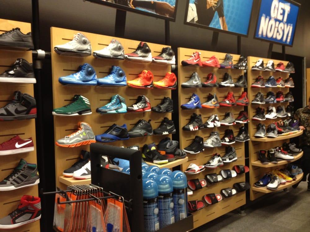 Shoe Stores In Eau Claire