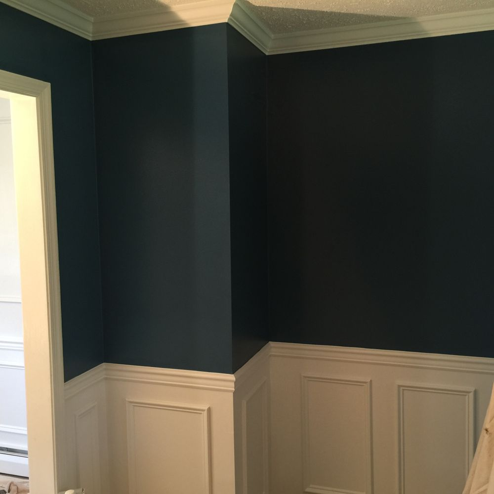 Blue Wainscoting: Dining Room Formal Blue Wall Enamel Trim And Wainscoting