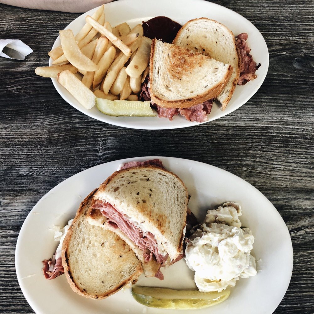 Photo of Mason-Dixon Cafe: Fredericksburg, VA