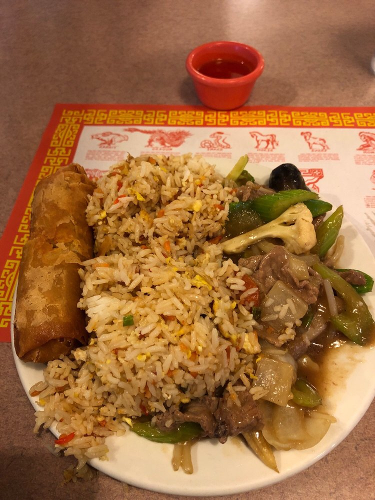 Taste of Saigon: 394 S Lake Ave, Duluth, MN