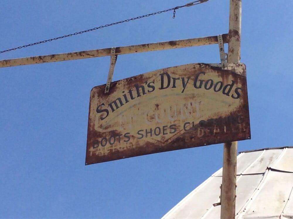 Smith Dry Goods: 85 Everett St, Bryson City, NC