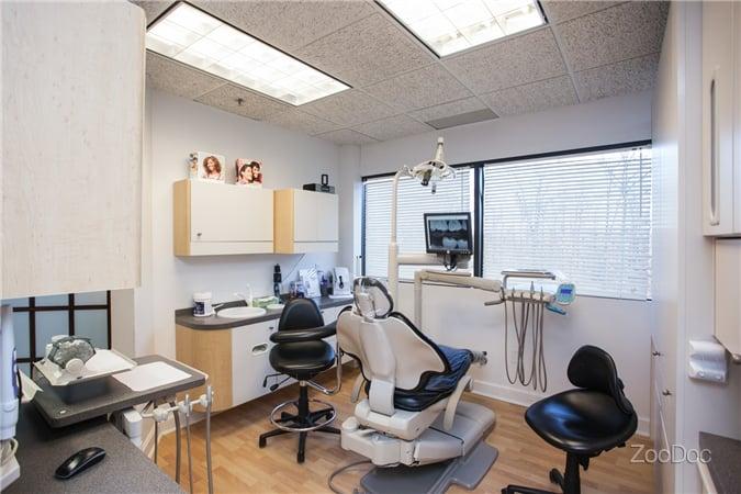 Allendale Family & Cosmetic Dentistry: Rami Rizk DMD: 1 De Mercurio Dr, Allendale, NJ