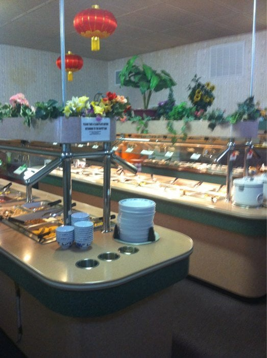 China Buffet: 131 E North Ave, Flora, IL