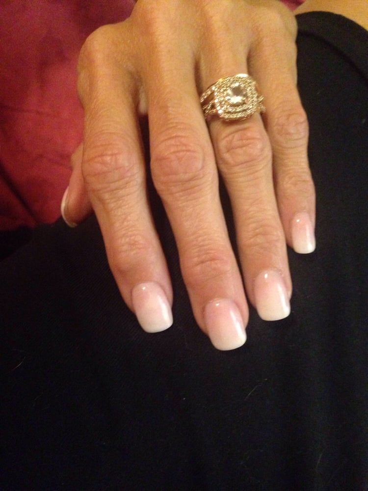Classic Nails: Ombré French Solar Jel