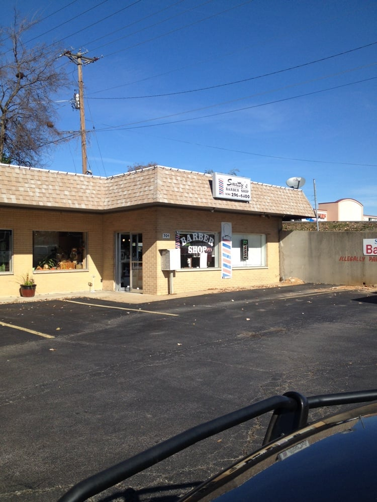 Smitty's Barber Shop: 701 Jeffco Blvd, Arnold, MO