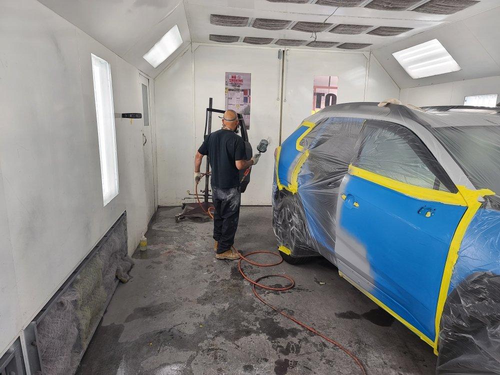 J&J Prestige Auto Collision & Repair Inc: 2321 Bathgate Ave, Bronx, NY