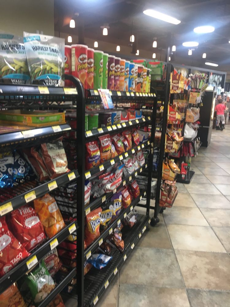 Rutter's Farm Store: 362 N Main St, York, PA