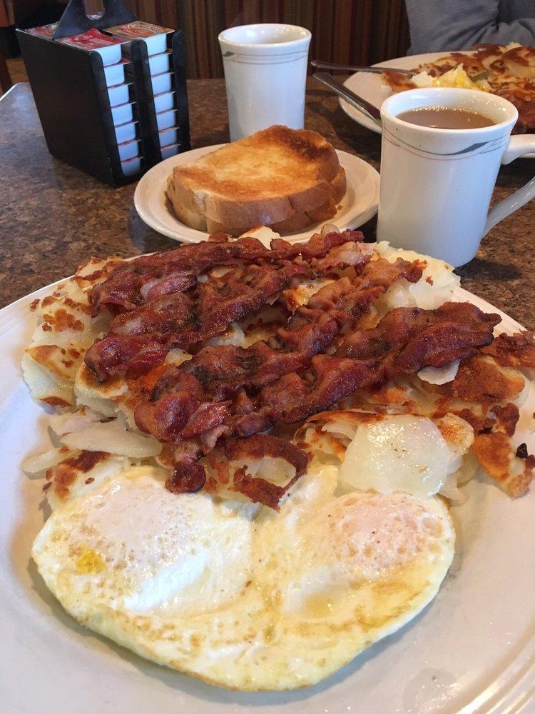 Lake Breeze Coney Grill Restaurant: 2898 Meridian Rd, Sanford, MI