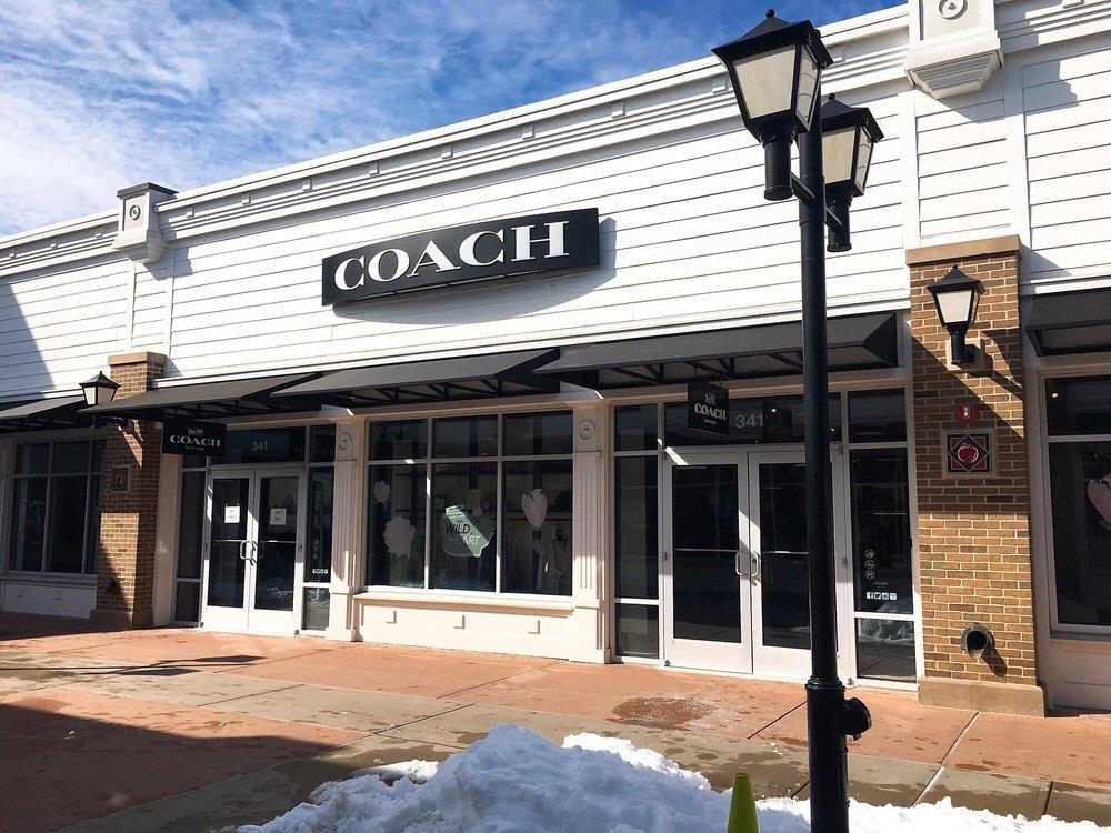 Coach Outlet: 80 Premium Outlets Blvd, Merrimack, NH