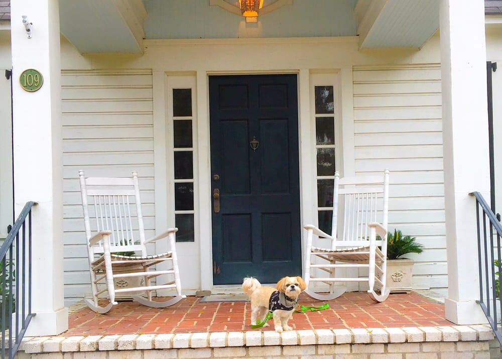 Open Gates Bed & Breakfast: 301 Franklin St, Darien, GA