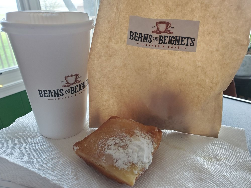 Beans And Beignets: 105 S Chestnut Ave, Earlham, IA