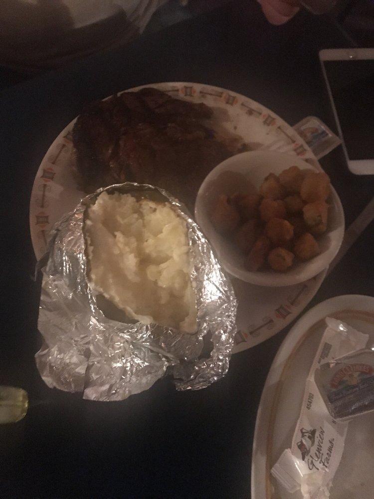 Traders Steakhouse: 229 NW 3rd St, Anadarko, OK