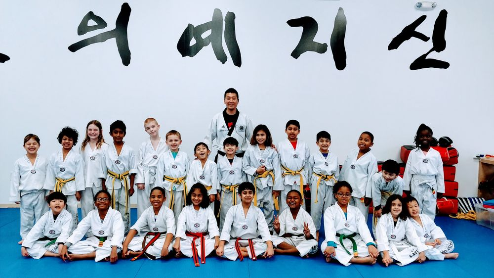 Master Lee's Martial Arts - Ashburn: 20020 Ashbrook Commons Plz, Ashburn, VA