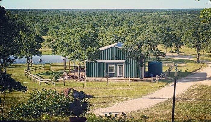 Big D Ranch Bunkhouse: 8429 US Hwy 90A E, Gonzales, TX