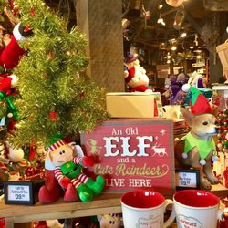 photo of cracker barrel old country store west monroe la united states - Cracker Barrel Store Christmas Decorations